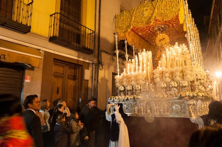 Semana_Santa_procession_in_Granada,_Spain_(6925805480)